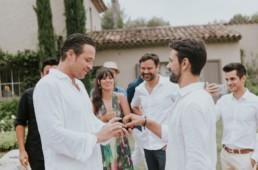 Demande en mariage sous hypnose à son meilleur ami