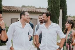 Hypnose : amour entre le mari et son ami